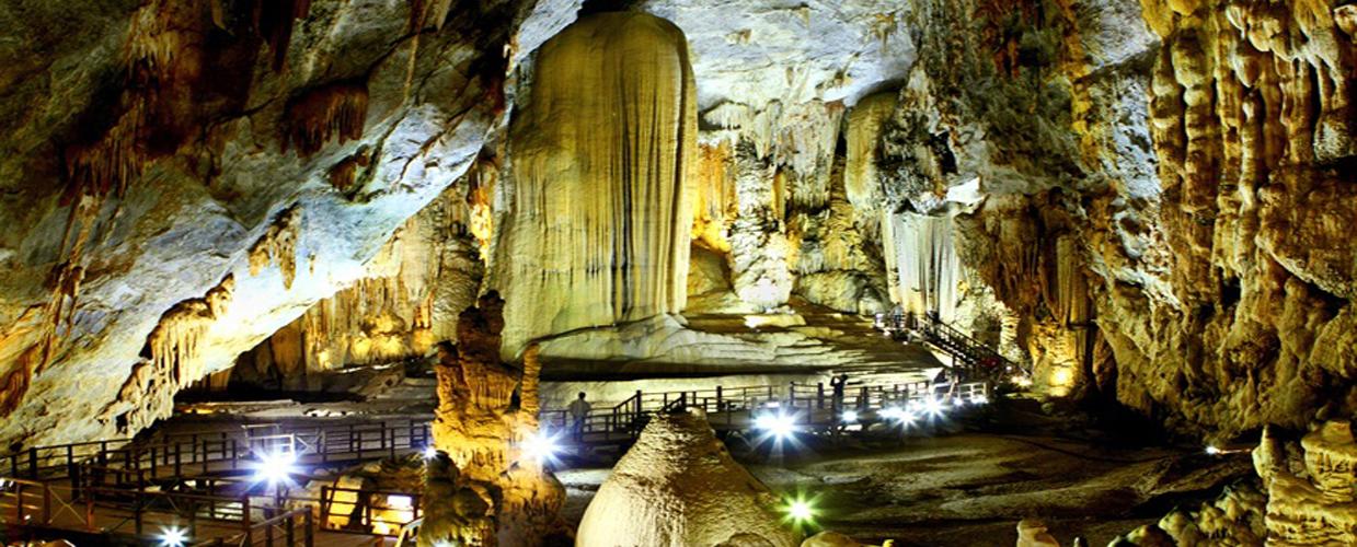Phong Nha - Paradise cave tour