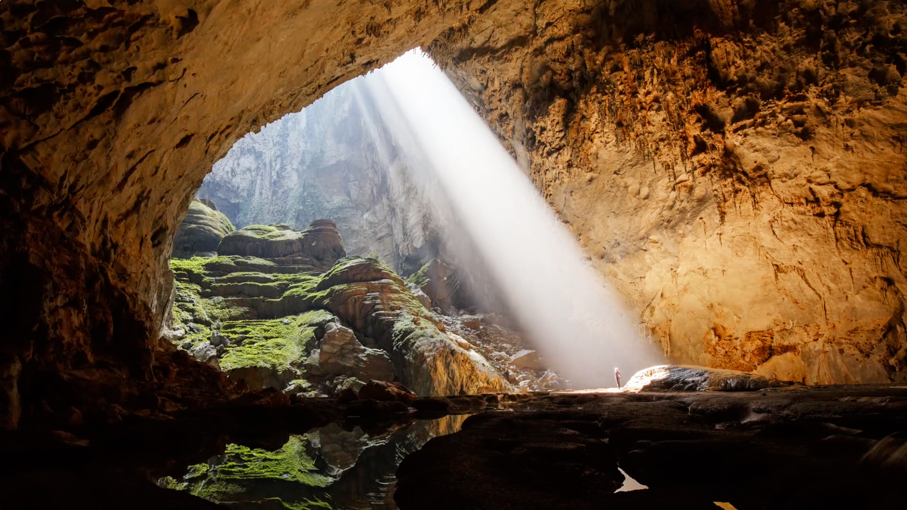 Son Doong Cave Tour DN Phong Nha Ke Bang Daily Tours - 12 amazing caves you have to visit